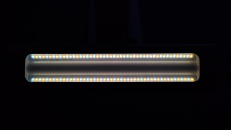 TaoTronicsデスクライトTT-DL092の中間色発光LED