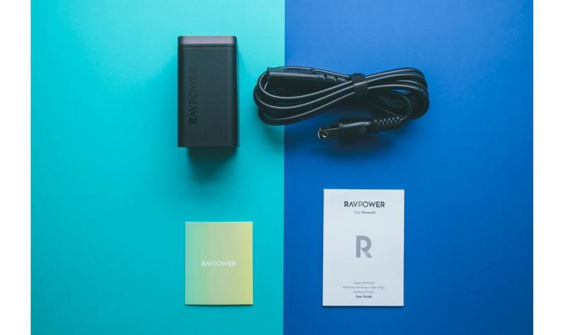 『RAVPower RP-PC136』のパッケージ内容